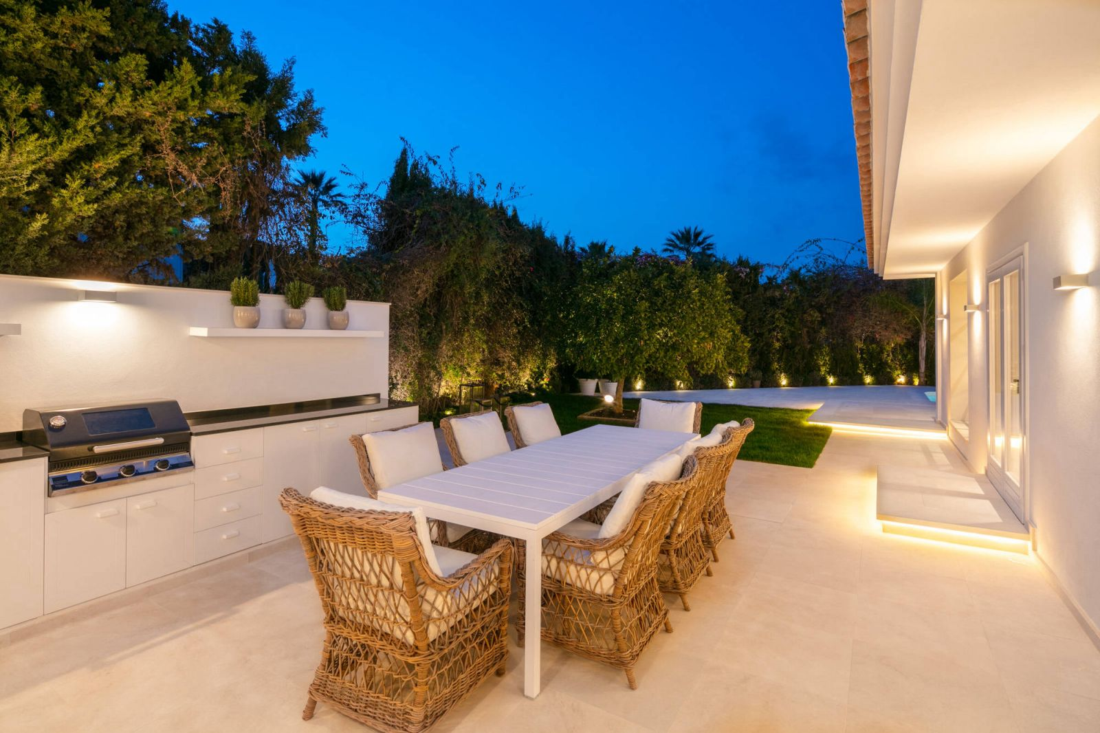 Your Move Spain Luxury Villas For Sale in Nueva Andalucia