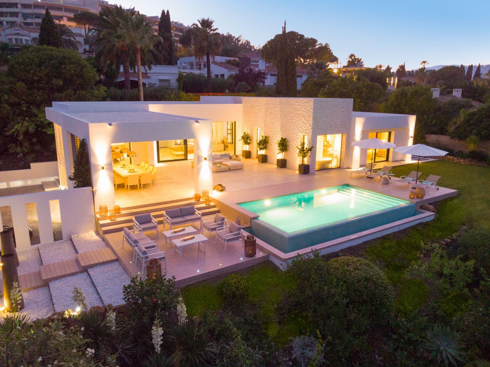 Las Brisas 24 Luxury Villa For Sale in Nueva Andalucia Marbella