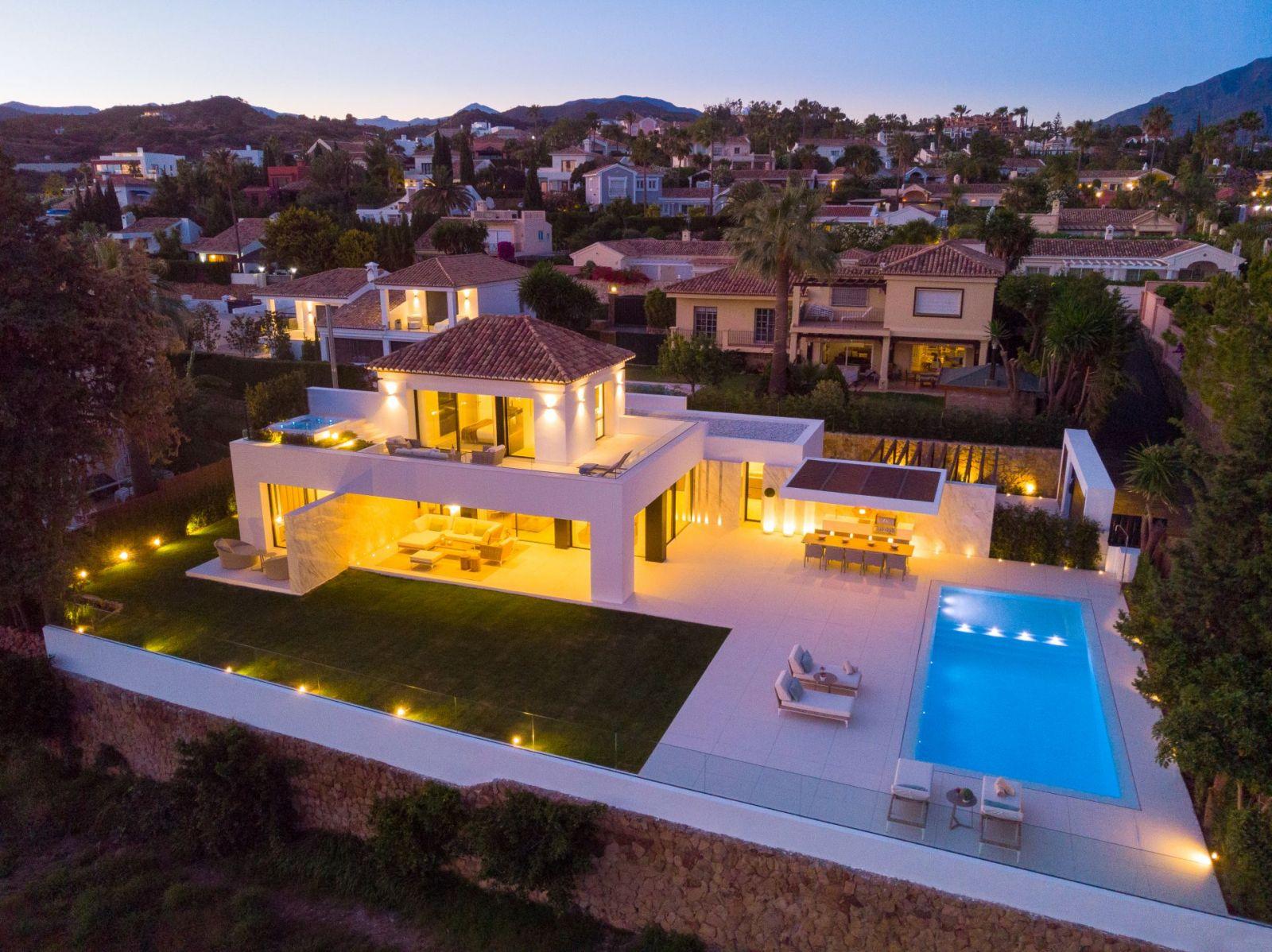 Luxury Villa For Sale - casa Ana - Nueva Andalucia