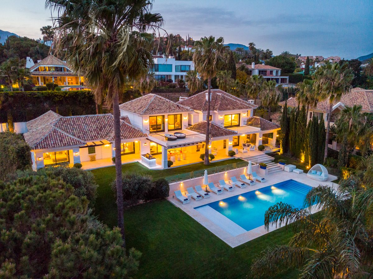 Your Move Spain Nueva Andalucia Villas For Sale